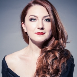 Sarah Tucker - a stand-out young soprano