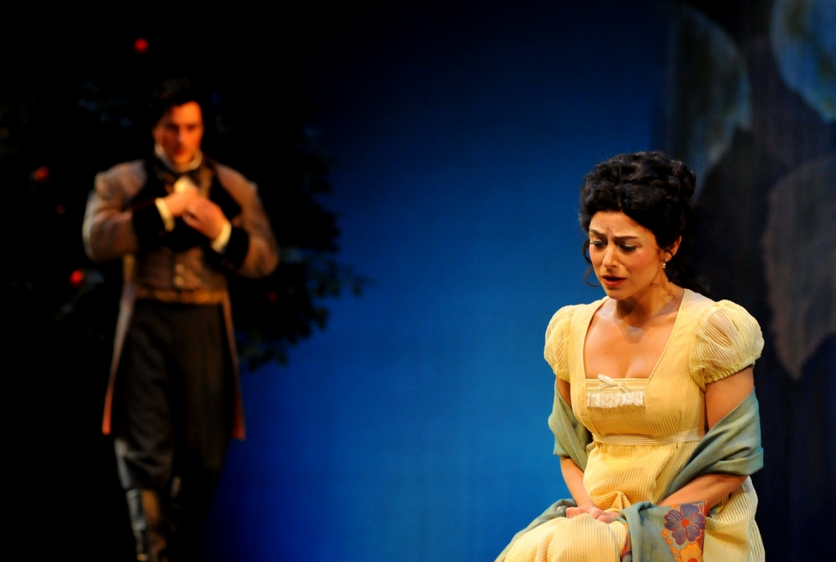 Life of Onegin in the village. Characteristics of Eugene Onegin