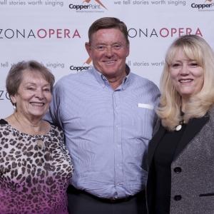 Arizona Opera Phoenix Cruzar la Cara de la Luna Lobby Photos
